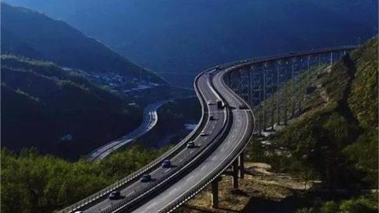 Tibet Road Trip – Le Sichuan à l'autoroute du Tibet