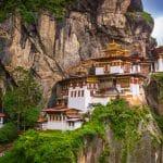 Quels sont les lieux incontournables à voir lors d'un séjour au Bhoutan ?